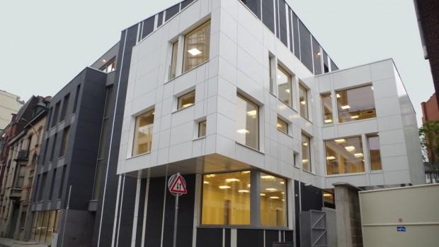 Cci mag liège : un premier bâtiment de bureaux passif urbain cci