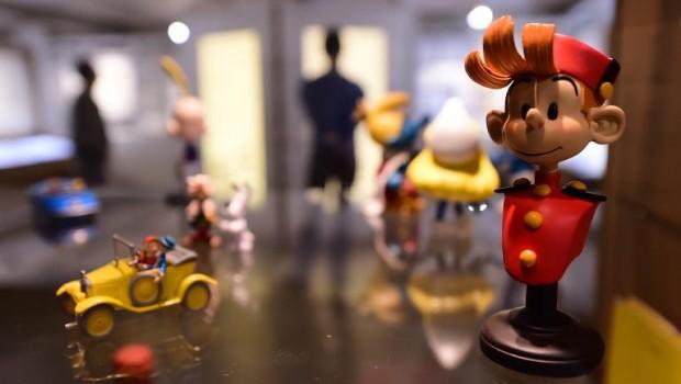 une-figurine-du-personnage-de-bd-spirou-exposee-dans-le_901416